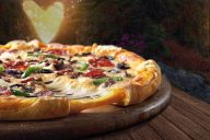 Cheddarella Cheesy Crust
